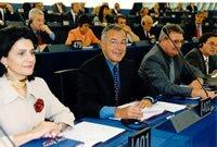 Alain Lamassoure dans l'hémicycle du Parlement européen